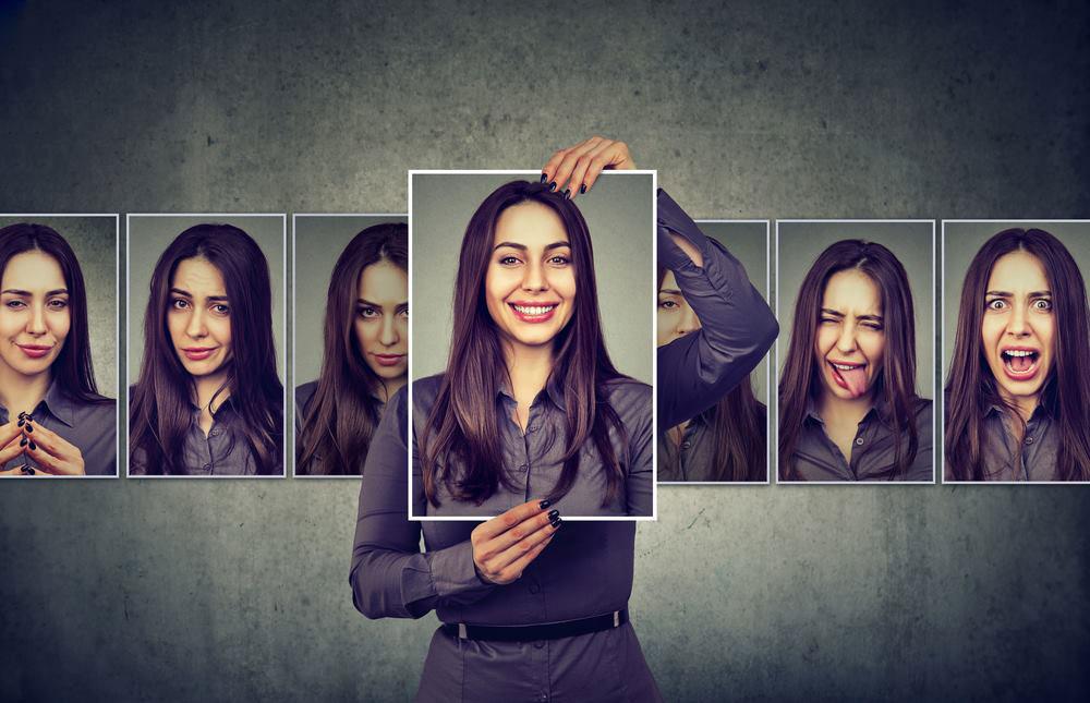 自分らしさを探す女性